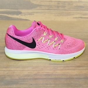Nike Zoom Vomero 10 Running Shoes